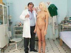 Bizarrer Sex beim Frauenarzt